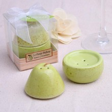 """the perfect pair"" pear shape salt pepper shakers set wedding favors wholesales"