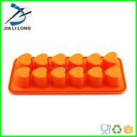Melting Clock Shaped Silicone Ice Tray Mould
