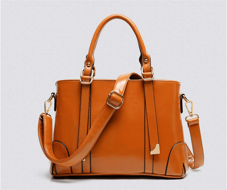 Магазины женских сумок в Риге цены и адреса