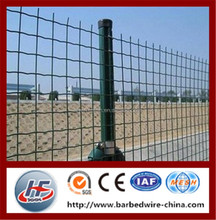 High quality and very popular wave type wire fence,euro fence,holland wire mesh fence in farm