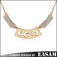 2015 New design jewelry gold plated hollow decorative pattern pendant necklace