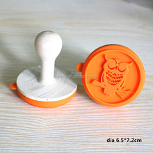 New design OWL shaped wooden handle cookie stamp