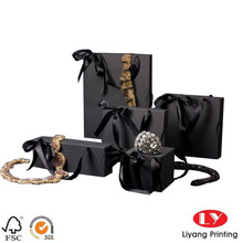Luxury Black Paper Jewelry Box with Black Ribbon Handle for Jewelry Packaging for Gift with Good Quality