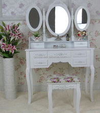 7 Drawers Wooden Dresser Table
