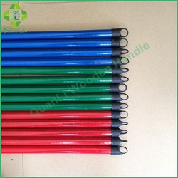 Wooden Broom Stick/PVC Cover Handles with Italian Screw