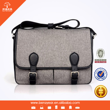 2015 Hot sell latest style fashion canvas fabric with black leather trims man shoulder messager bag