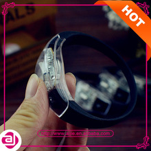 2015 party and event items Silicone Sound &amp Motion Activated LEDbracelet