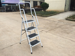 Metal Board Material and Steel Tube Stand Material folding step ladder ironing