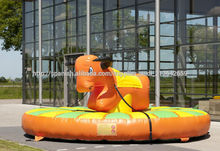 nuevo y barato inflatble toro mecánico inflable rodeo Toro