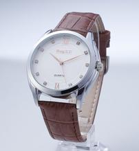 2015 nuevos llegada reloj de hombres reloj de pulsera reloj mano de cuero genuino