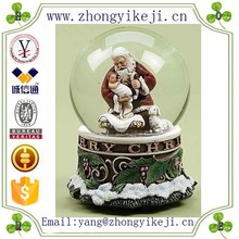 china factory ODM & OEM high quality souvenir baby girl of resin snow globe