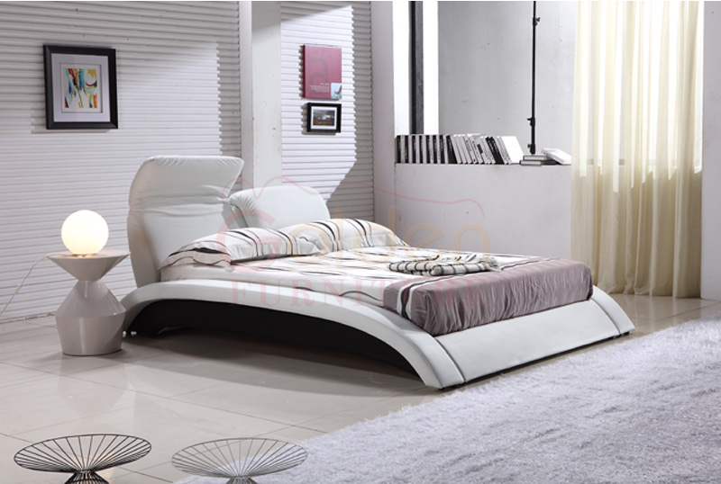 Golden furniture 2015 ciff latest double bed designs g1022 for Wood bed design 2016