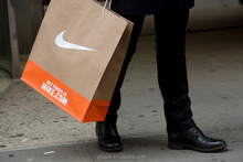 nike shoes shopping packaged kraft bags with sopt UV tech