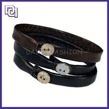 Cinturino in pelle tessitura, cinturino in cuoio cinturino con borchie, bracciali in pelle intrecciata