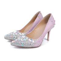 China Wholesale Beige Rubber Sole 6CM Heels Shoes, Pink Patent Leather Low Heel Crystal Wedding Shoes