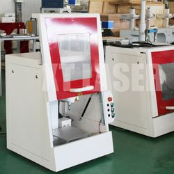 10w Portable Fiber Laser Machine Umbrella Rib/Rod Marking Machine