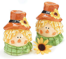 ceramic salt and pepper shaker thanksgiving holiday decoration gift