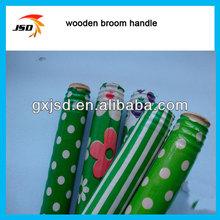 Chino palo de escoba de plástico recubierto, escoba de madera cubierta de la manija del pvc