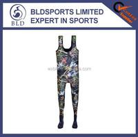 100% waterproof and high quality camouflage 5mm neoprene hunting waders