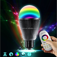 Money saving ce/rhos 9W variable color RGBW e27/e26/b22 smart led light bulb