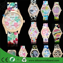 HOT SELL women dress rhinestone watches Ladies girl sports quartz watches silicone rubber band