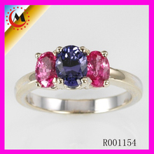 Exquisito tres cristal coloridas piedra anillo de compromiso de plata