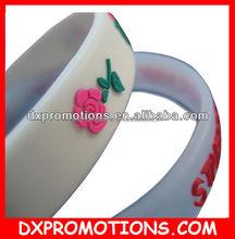 holiday embossed silicone bracelet/wristband