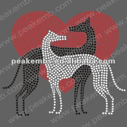two dogs love for garment rhinestone heat transfer