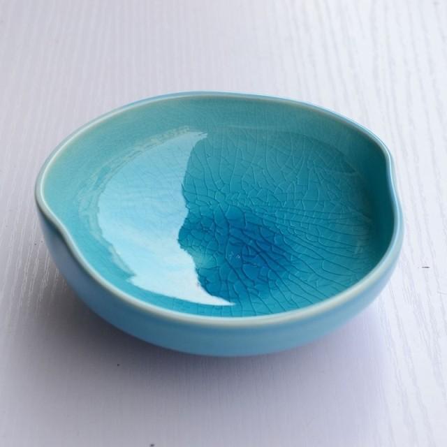 трещинка на глазури керамики содержит топливный насос