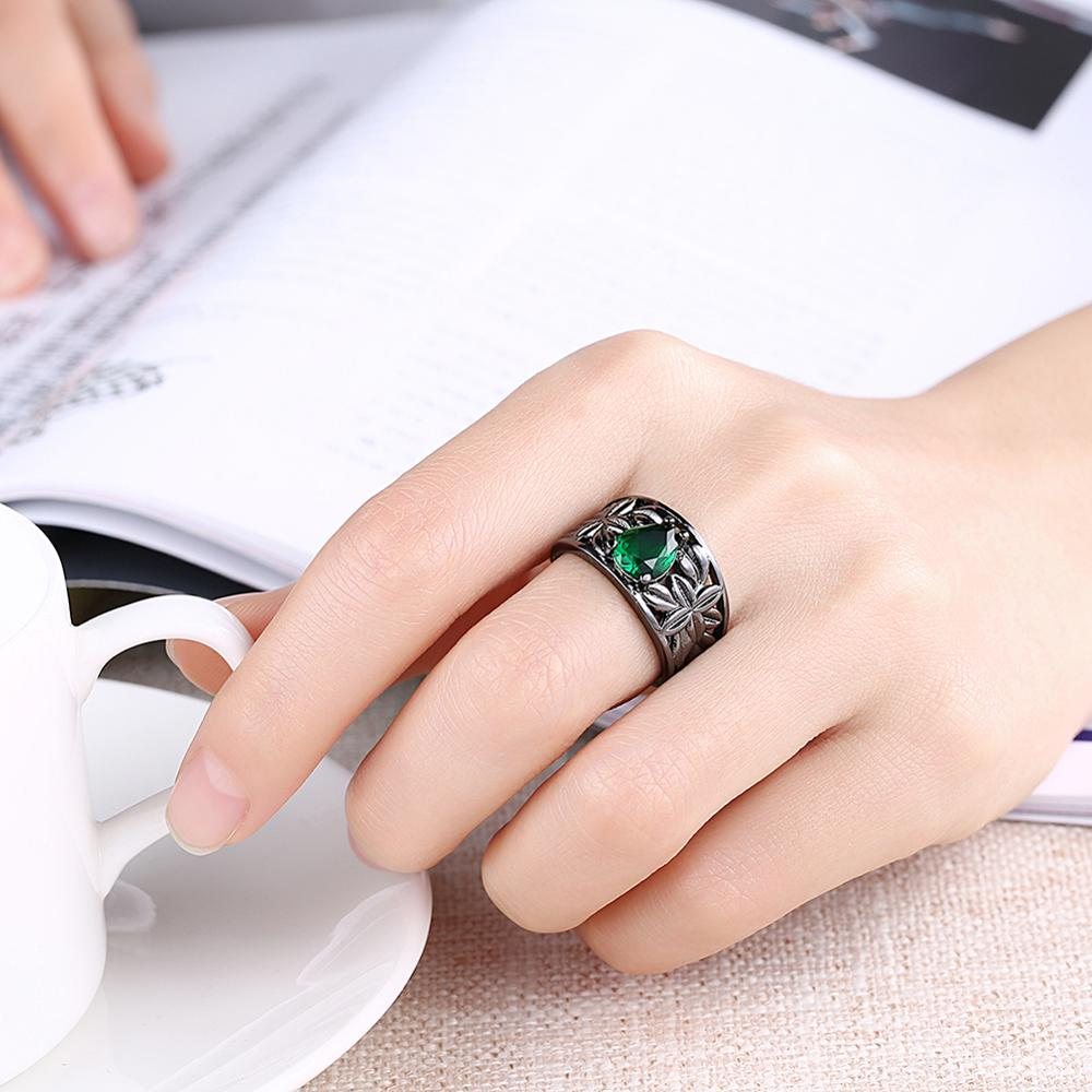 18kgp Gold Ring Jewel Drop Shaped Emerald Cubic Zirconia Promise ...