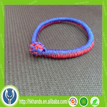 simple good luck red Chinese bracelet knot