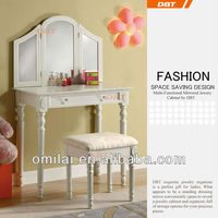 DBT girls dressing table with drawers