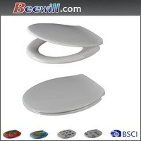 Duroplast hydraulic toilet seat with soft close hinges