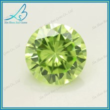 57 Facets shining apple green round synthetic cubic zirconia stone