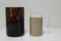 Coffee mug with glass handle