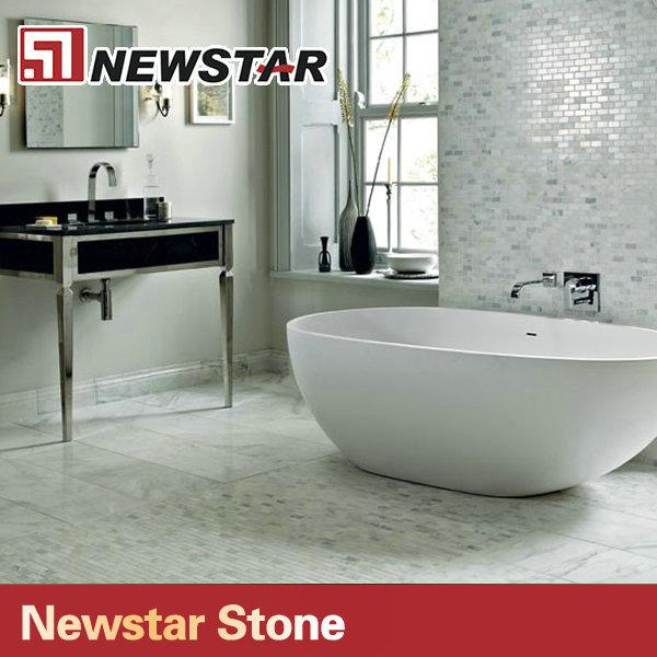 bagno in piastrelle di marmo bianco di carrara design-malmo-Id ...