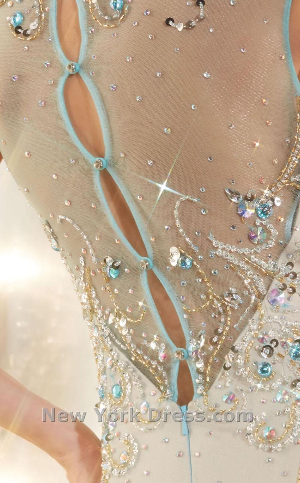 Как расшить платье стразами своими руками