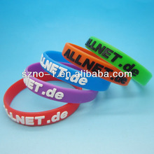 Wholesale PMS colors customized logo relief embossed silicone rubber wristband