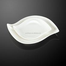 factory custom hotel and restaurant use white porcelain unique shape dinner plate