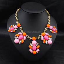 Fashion color crystal statement necklace top quality ethnic necklace jewelry