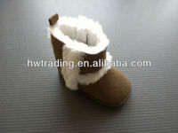 2013 Lovely baby booties for boy