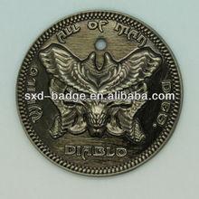 Antique Brass Embossed Badge/badges medals plaques/antique silver badge