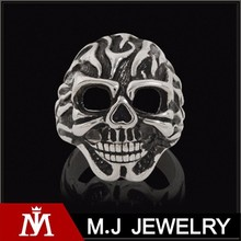 HELLSPAWN FIRE Flaming Skull Ring For Men in Stainless Steel