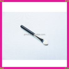 Wholesale short handle eye shadow sponge tip makeup applicator for sale
