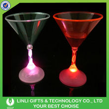 Promotion Flashing Antique Cocktail Glass