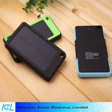 Solar Power Bank 8000mah Portable Solar Battery Middle East Hot sale Charging Battery for All mobile phones