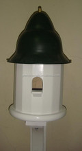 dioctahedral bird house of single hole with metal roof