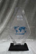 elegante trofeo de cristal deportes
