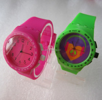 2015 new styles rainbow color jelly silicone watches