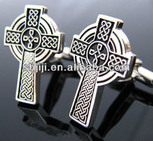 China Cheap Metal T-bar Legs Embossed Cross Cufflinks